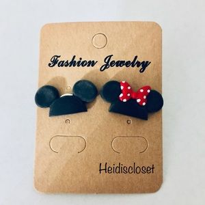Mickey & Minnie Earrings. 🎁 2/$15